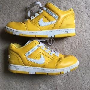 Supreme Nike Air Force 2 Yellow